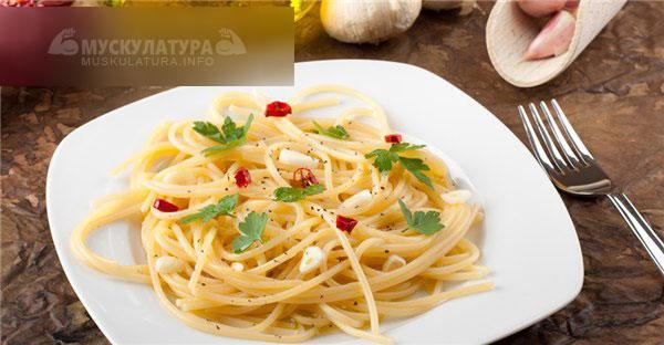 Спагетти с оливковым маслом и чесноком